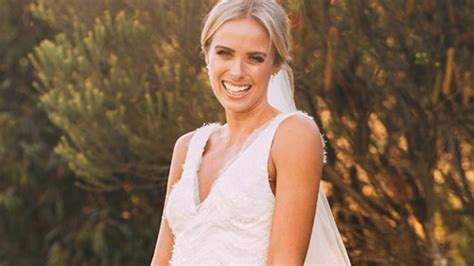 The making of Sylvia Jeffreys' wedding dress   9Style