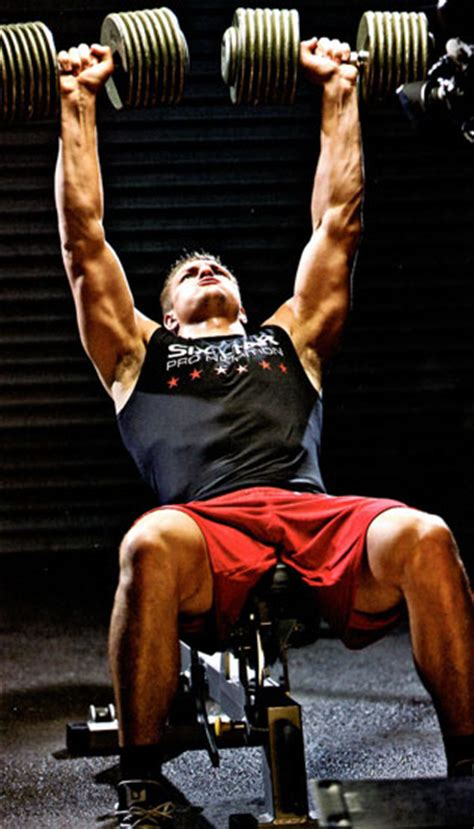 rob gronkowski bench press rob gronkowski workout pop workouts