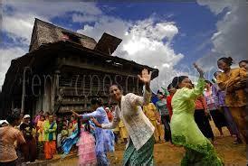 tari elang mengepih budaya indonesia