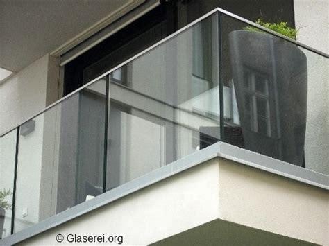 befestigung treppengeländer elegantes glasgel 228 nder befestigung mithilfe verschiedener