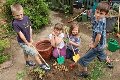 School Gardening Club Ideas Greenvale Supports National Schools Gardening Initiative The Publicity Works
