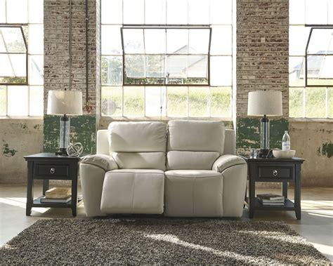 valeton reclining sofa valeton reclining loveseat from u7350086
