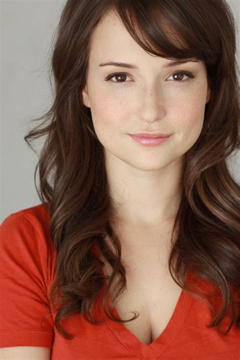 commercial actress list picture of milana vayntrub