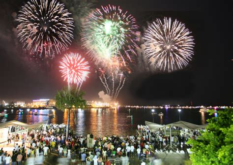 new year celebration florida guide to south florida s new year s celebration at