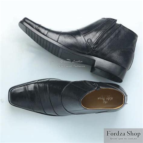 Kickers Boots Sleting Kulit Hitam sepatu pria sepatu kulit sepatu murah sepatu pantofel