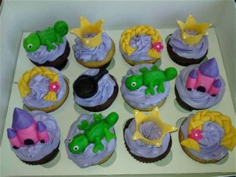 tangled cupcakes how to make fondant for decorations and other tutorials here crafty 2 the