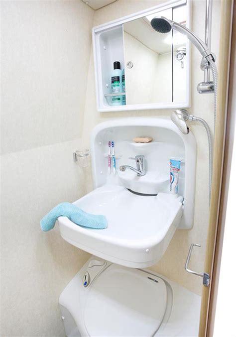 bathrooms warwick the warwick duo mobile home hire