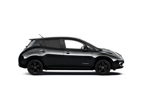 leaf nissan black nissan leaf gets black themed special edition in the uk