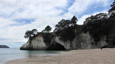 film location of narnia cathedral cove the chronicles of narnia prince caspian