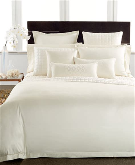 hotel collection coverlet queen hotel collection 400 thread count pima cotton ivory queen