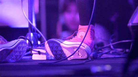 Sepatu Converse Kurt Cobain converse sepatu eksis sepanjang masa ganlob