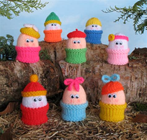 easter egg knitted covers buy a creme egg cosy and help rspca