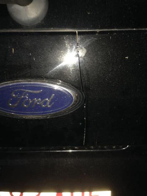 pattern explorer crack 2005 ford explorer cracked panel below the rear window