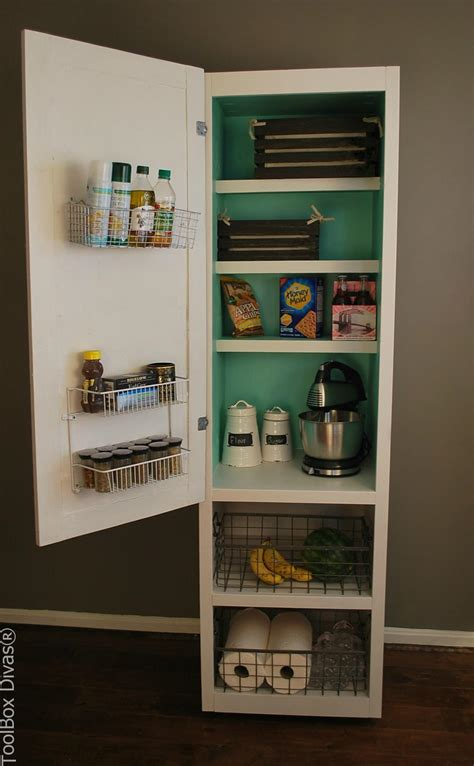 Mobile Pantry Cabinet by Diy Mobile Pantry Cabinet Toolbox Divas