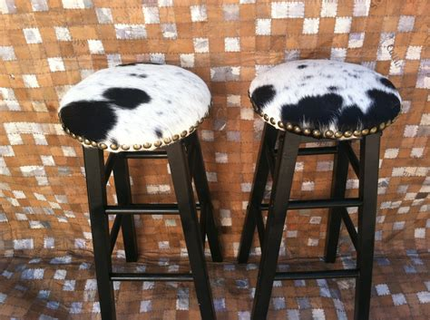 Cow Print Bar Stools by Stunning Cowhide Bar Stools Furniture