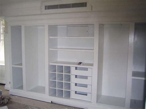 Lemari Pakaian Untuk Laundry 45 lemari pakaian minimalis dengan desain bagus dan unik