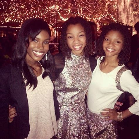 chloe and halle bailey national anthem 9 best chloe and halle images on pinterest halle