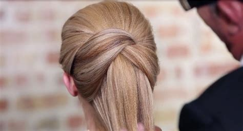 Ponytail Hairstyle Tools by Crossover Loop Ponytail Sam Villa 5 Minute Hairstyles