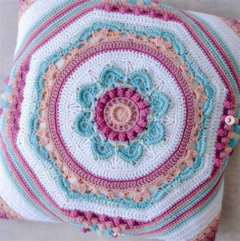 and the crochet hook patterns to inspire and admire books and the crochet hook redagape