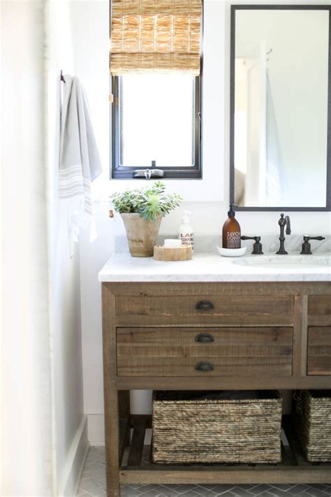 Modern Rustic Bathroom Design by Best 25 Rustic Modern Bathrooms Ideas On