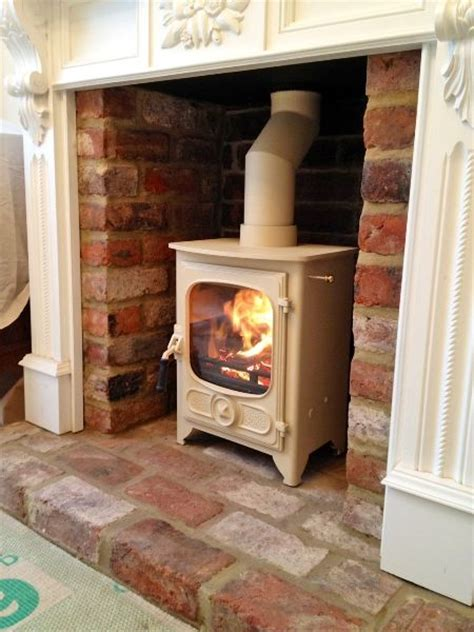what to do with old fireplace best 25 brick hearth ideas on pinterest