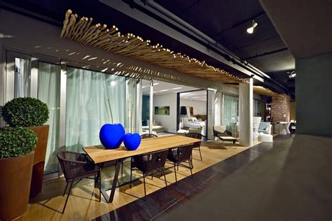 penthouse furniture showroom by studio yaron tal tel aviv