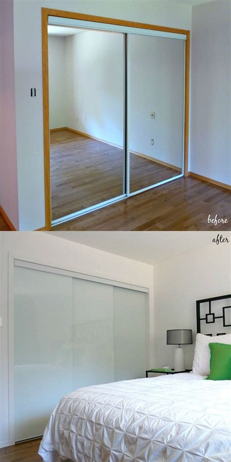 Sliding Glass Closet Doors For Bedrooms New White Glass Sliding Closet Doors In The Bedroom Dans Le Lakehouse