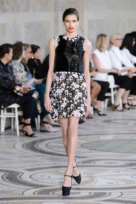 Kate And Delta Goodrem In Giambattista Valli Who Wears It Better by Kate Mara In Giambattista Valli Couture At The Toronto