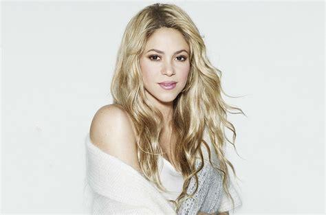 Shakira Gamis shakira makeup the world of make up