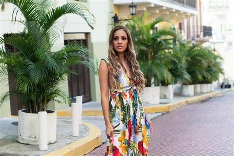 Priscilla Maxidress bright colored maxi dress priscilla eslo
