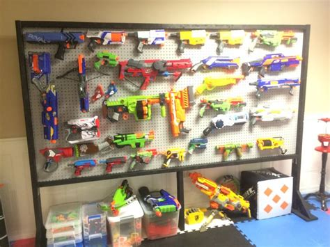 nerf bedroom best 25 cool nerf guns ideas on pinterest toy nerf guns nerf storage and awesome