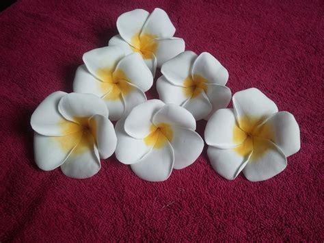 making flowers learn how to make foam plumeria flower youtube