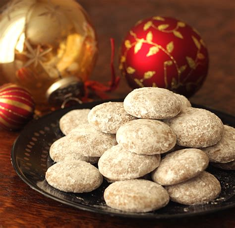christmas showcase round shops and nuts german pfeffern 252 sse la fuji