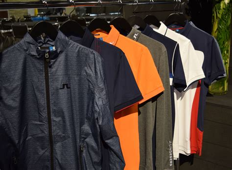 Golf Wardrobe by How To Maximize Your Golf Wardrobe Golfthreads