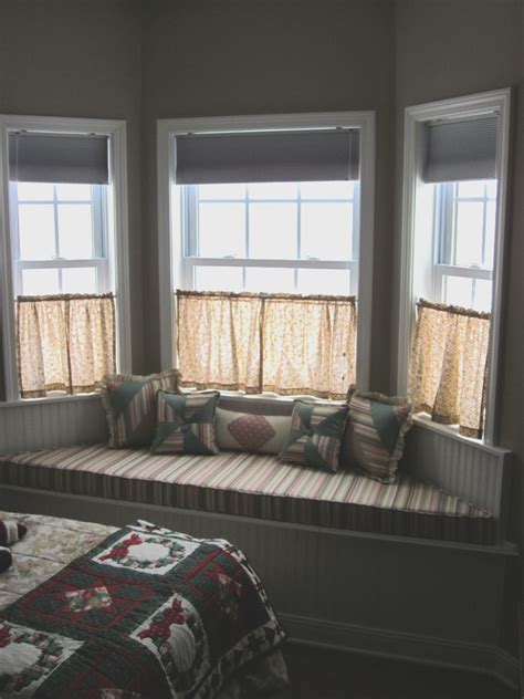 How To Build A Bay Window Seat - half window curtains ideas homesfeed