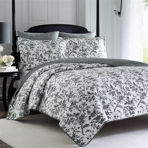 y comforters laura ashley amberley quilt set from beddingstyle com
