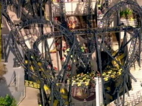 theme park near london 4 seriously injured in amusement park accident abc news