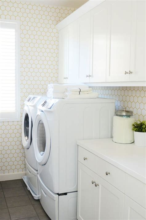 laundry room wallpaper 25 best ideas about laundry room wallpaper on laundry decor laundry and