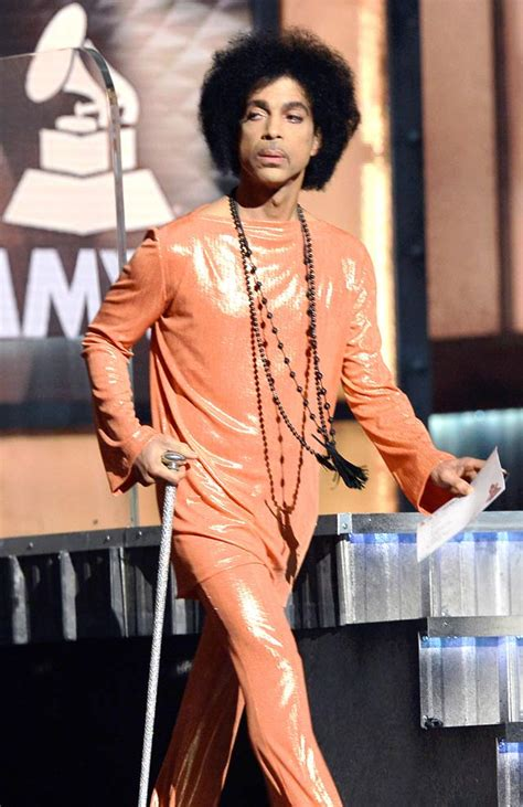 things that describe mattie silver grammys fashion orange clad prince eclipses beyonce