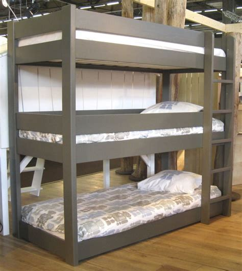 Low To The Ground Bunk Beds Bedroom Interesting Beds Design Ideas Thewoodentrunklv