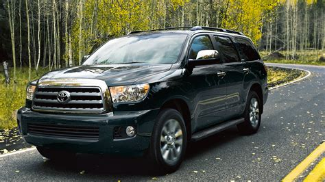 toyota sequoia 2017 toyota sequoia comes with 45 460 starting price