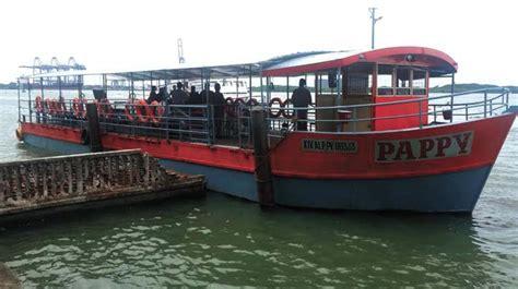boat service in kochi twin engine seaworthy boat in fort kochi vypeen route