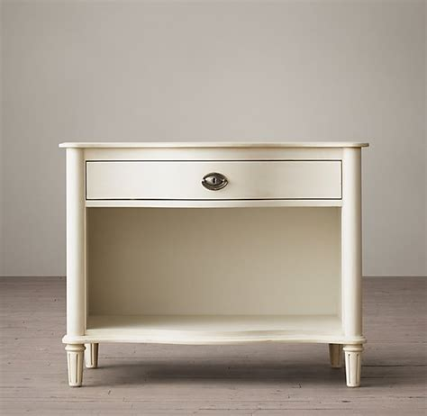 Nightstands Restoration Hardware by 10 Beautiful Nightstands You Ll Actually Want To Keep