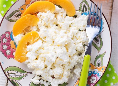 What Can I Eat With Cottage Cheese by Best Dairy Products For Weight Loss Eat This Not That
