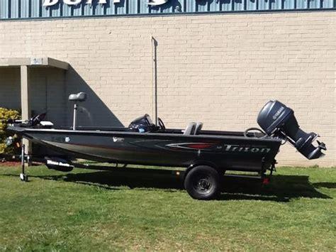 tahoe boats greenville sc 19ft nitro