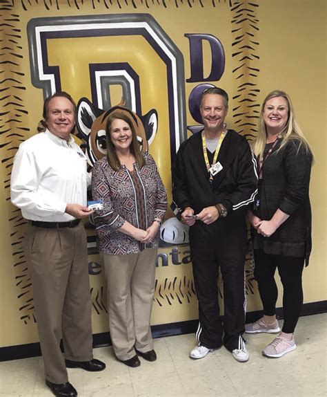 Where Can I Buy Academy Gift Cards - doyle elementary receives 2 000 in gift cards to academy sports and outdoors living