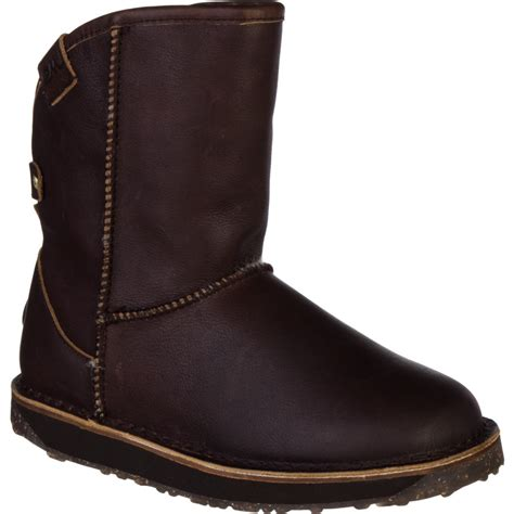 emu womens boots emu kaniva boot s apres fur boots backcountry
