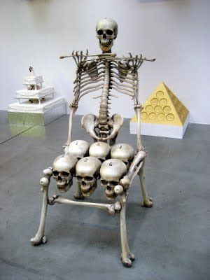 Skull Chair - martin freeman hates me