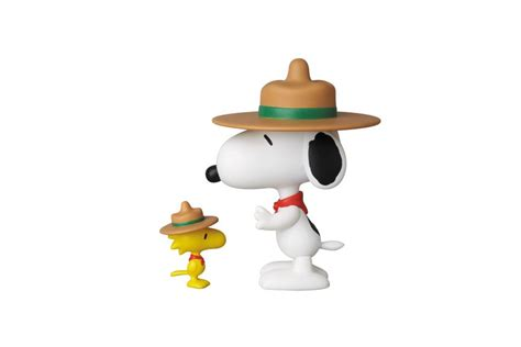 Snoopy Woodstock Beagle Scouts By Medicom ultra detail figure no 210 udf peanuts series 3 beagle