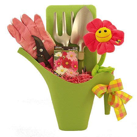 Gardening Gift Basket Ideas Gardening Gift Basket Simple Gifts Gift Baskets Gardening And Baskets